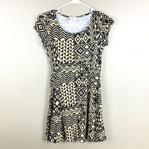 Love J Aztec Printed Skater Dress Size J Medium